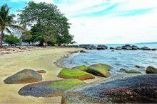 Pantai Teluk Gembira Belitung
