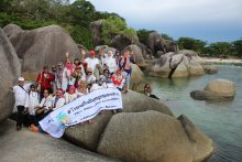 Paket wisata 2D1N Belitung Hotel Bintang 4