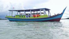 Sewa Kapal Traditional UDR 500k/day